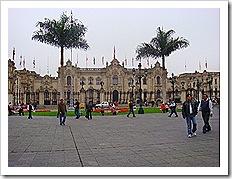 palcio do governo plaza de armas lima 1 thumb - Peru: de Machu Picchu ao El Rocoto, uma delícia de viagem!