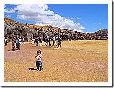 sacsayhuamn thumb - Peru: de Machu Picchu ao El Rocoto, uma delícia de viagem!