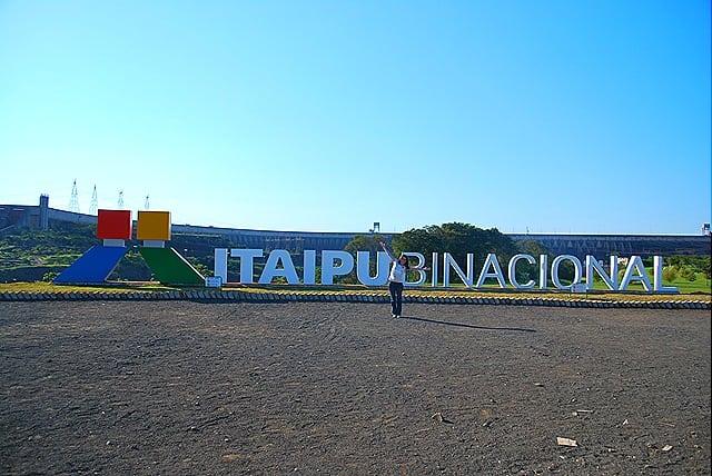 DSC 0310 - Visitando a Itaipu Binacional