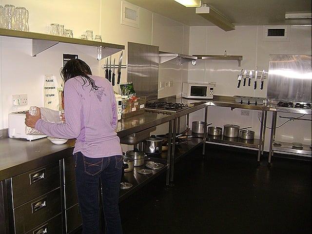 CozinhabemequipadadoYHACentralLondon - Hospedagem boa e barata em Londres