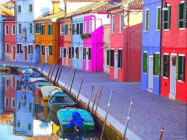 bate e volta de Veneza