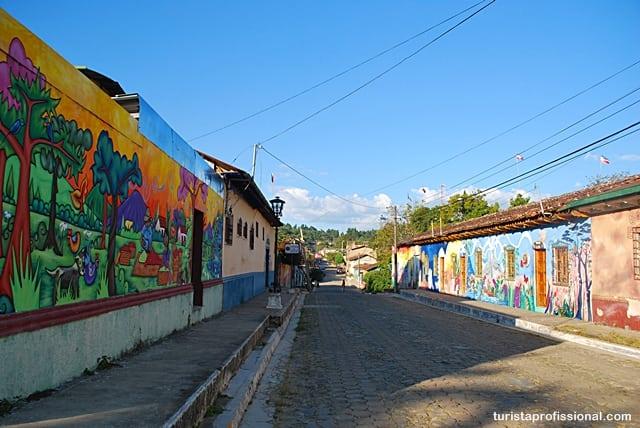 o que fazer em - Olhares | Ataco, a cidade da cor e do grafite