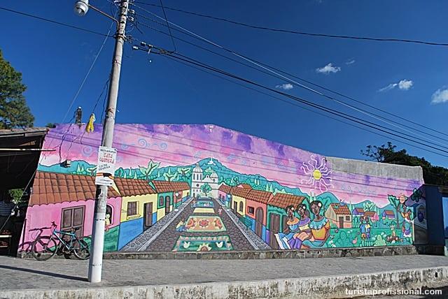 o que ver - Olhares | Ataco, a cidade da cor e do grafite