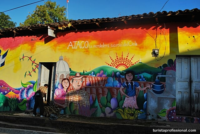 viagem - Olhares | Ataco, a cidade da cor e do grafite