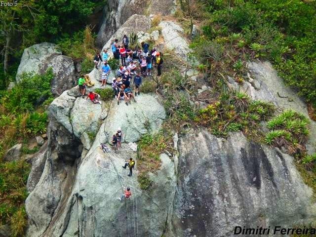 Foto5RapelnaEnseadadobananal1 - Trilhas em Niterói: as melhores trilhas da cidade
