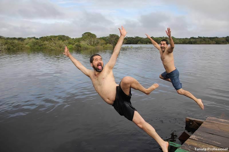 mergulho sobre a Amazônia
