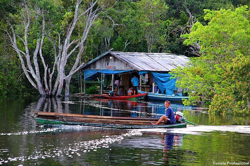 casa de ribeirinho do Amazonas