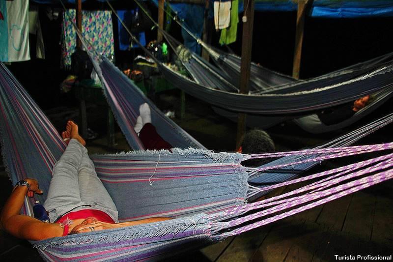 dormir em rede sobre a Amazônia