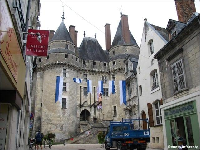 Langeais - Como visitar o Vale do Loire usando o transporte público?