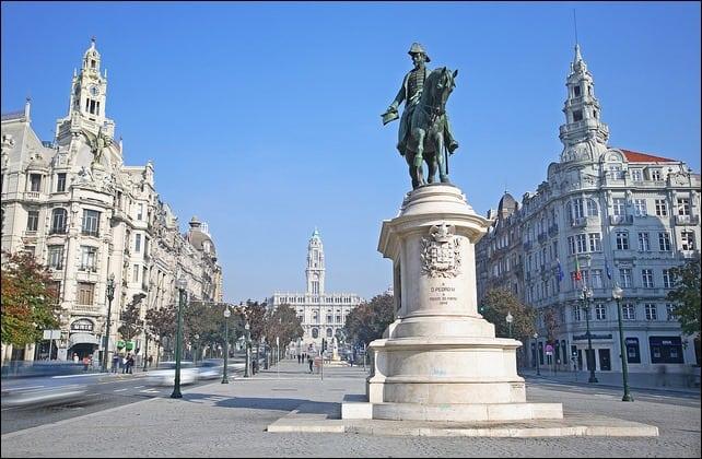 downtownportoPraadaLiberdadeeAliados2 - Dica de hotel no Porto: Teatro