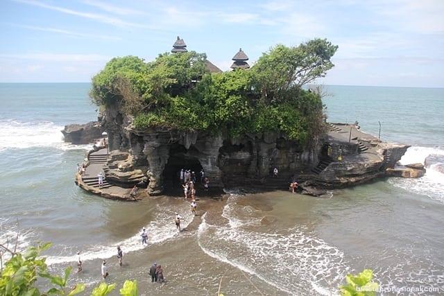 Tanah Lot, um dos templos símbolos de Bali