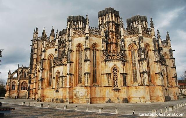 mosteiro da batalha - Mosteiro da Batalha, renda portuguesa em pedra