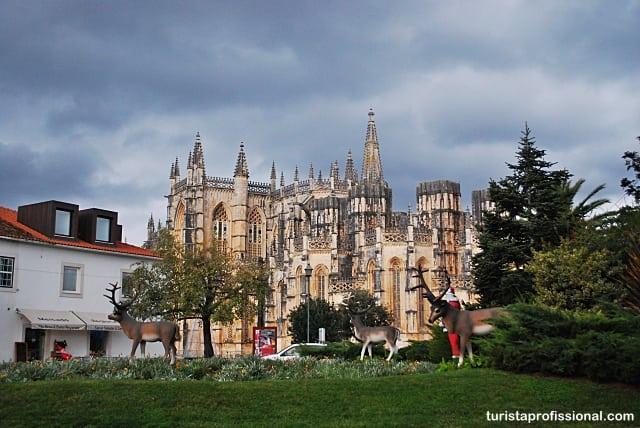 o que visitar em portugal - Mosteiro da Batalha, renda portuguesa em pedra