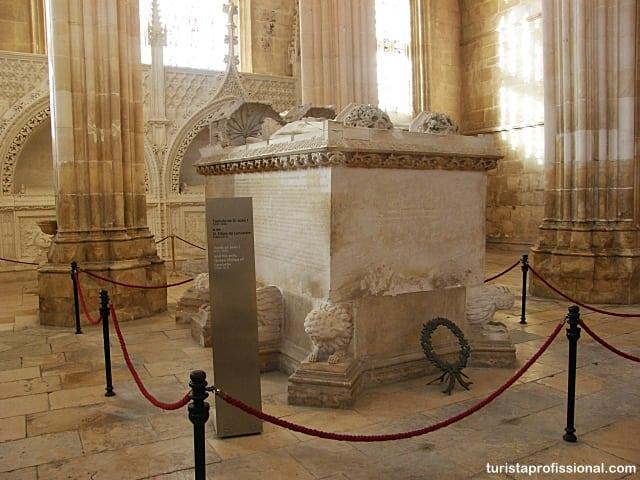 viagem portugal - Mosteiro da Batalha, renda portuguesa em pedra