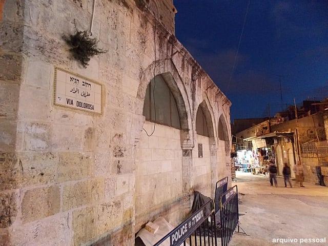 via dolorosa - Visita à Basílica do Santo Sepulcro – Jerusalém