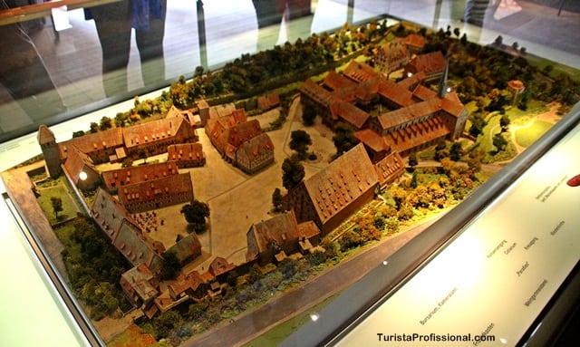 monastério de maulbronn - Roteiro de 5 dias seguindo os passos dos Waldesians e Huguenotes na Alemanha e Suíça