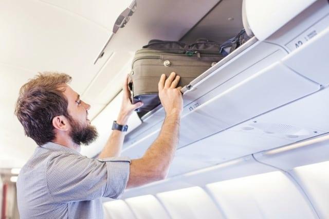 bagagem de mão - Viagem de avião: documentos, bagagem, vacinas