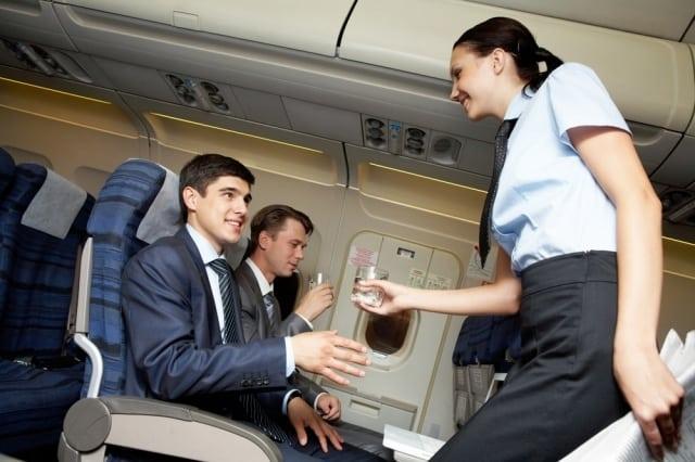 viagem de avião - Viagem de avião: documentos, bagagem, vacinas
