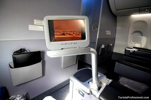 televisão de avião - Como é voar na Classe Executiva da Copa Airlines