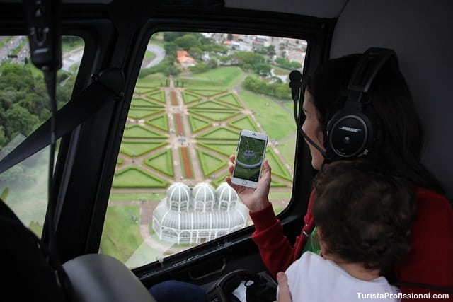 Turista Profissional - Voo de helicóptero em Curitiba: veja a cidade do alto!