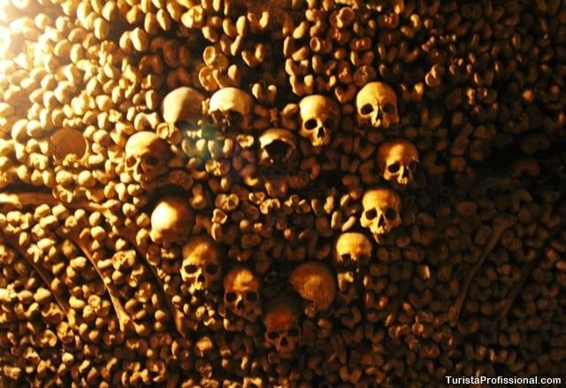 roteiro paris 1 - Catacumbas de Paris, uma visita macabra e fascinante