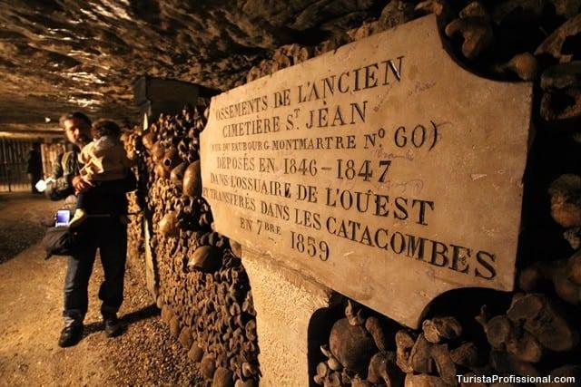 turista profissional - Catacumbas de Paris, uma visita macabra e fascinante