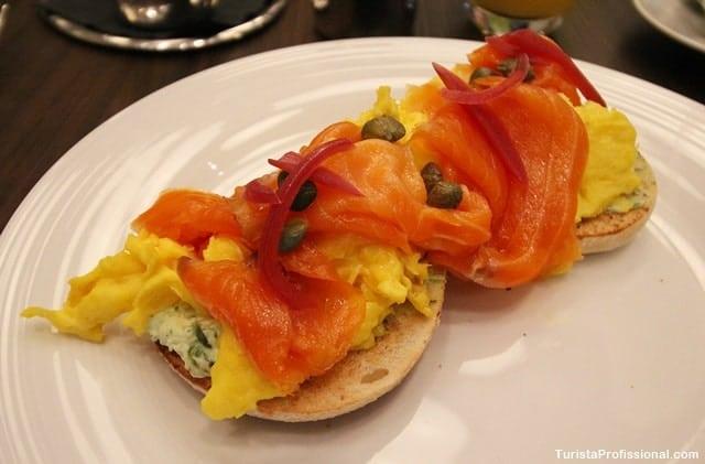 cafe da manha de hotel - Onde se hospedar em Toronto: Trump Hotel