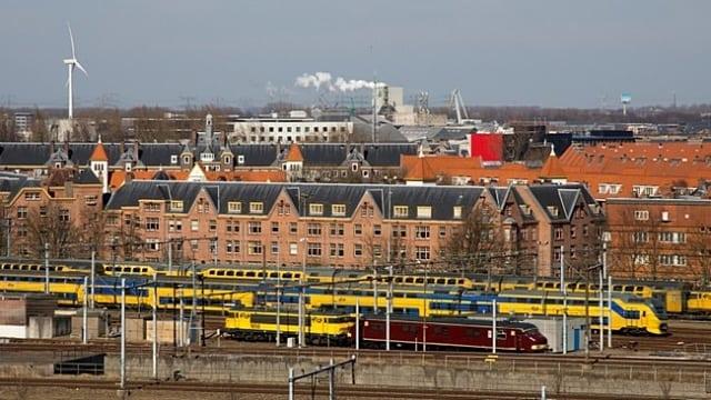 viagem de trem pela Holanda e Bélgica
