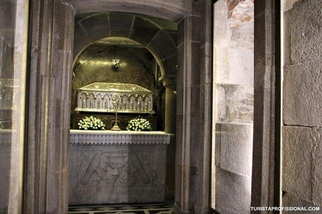 tumulo de santiago - O que fazer em Santiago de Compostela: as principais atrações turísticas