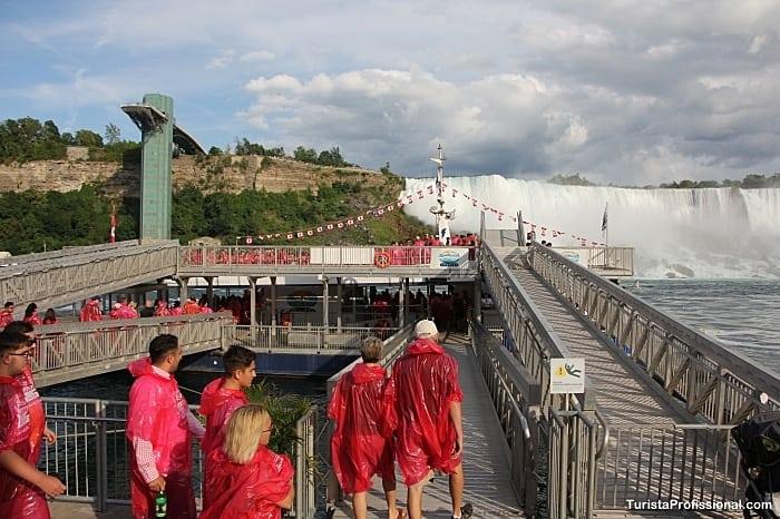 passeio de barco nas cataratas do niagara - O que fazer em Niagara Falls, Canadá
