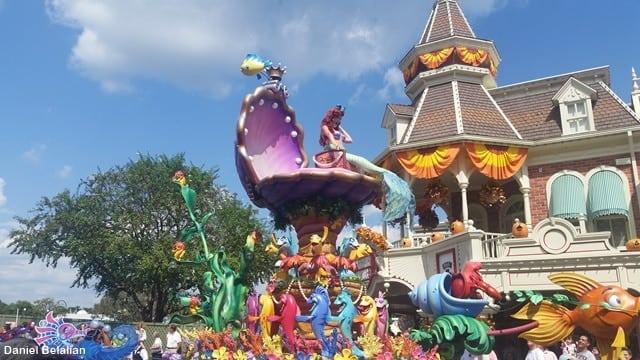desfile Magic Kingdom Disney - Viagem a Orlando: como economizar