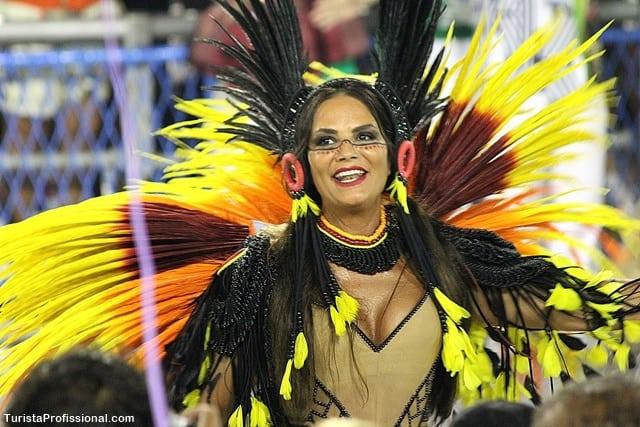 luiza brunet no carnaval - Minha primeira vez no Desfile das Escolas de Samba do Rio