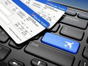 passagem aviao 300x225 - Passagem aérea barata na Black Friday: verdade ou mito?