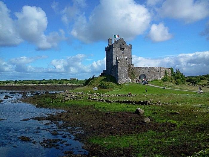 castelo arredores Dublin - Dicas de intercâmbio na Irlanda, na linda Galway