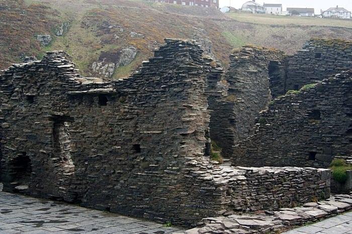 castelo do rei arthur - A rota do Rei Arthur e os Cavaleiros da Távola Redonda na Grã-Bretanha