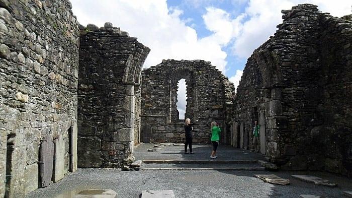 ruinas arredores dublin - Dicas de intercâmbio na Irlanda, na linda Galway