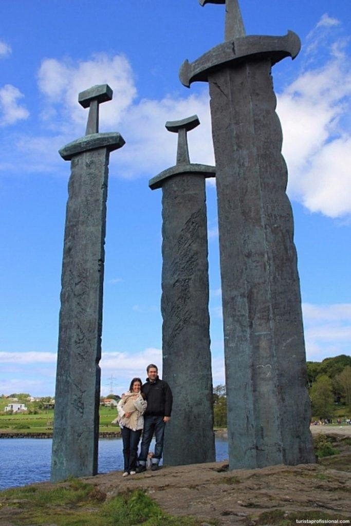 stavanger noruega 683x1024 - Que tal conhecer algumas atrações vikings na Noruega?