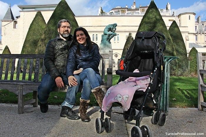 turista profissional em Paris