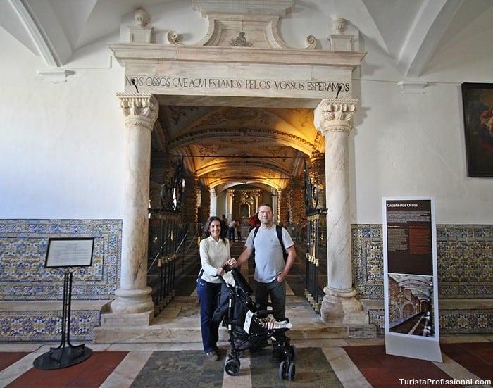 turista profissional 4 - Capela dos Ossos em Évora, Portugal: um lugar que vai te surpreender!