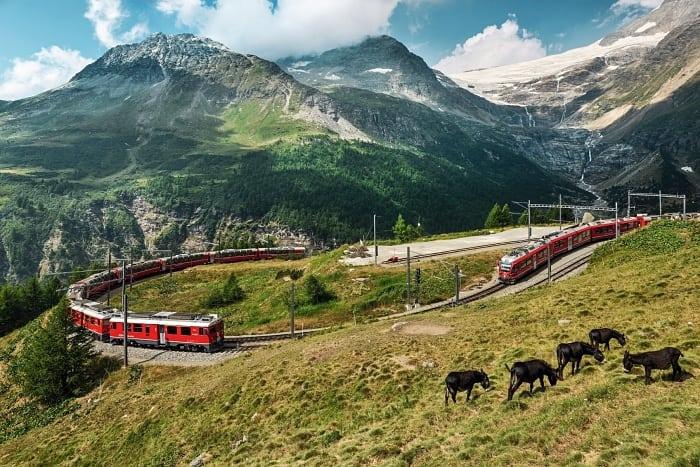 trem na suica Bernina Express - Passeio de trem na Suíça com o Grand Train Tour