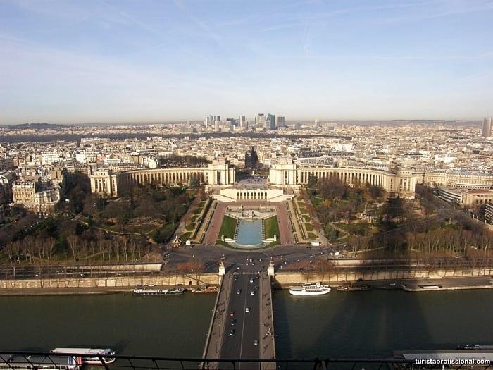 vista da torre eiffel - Torre Eiffel: dicas, curiosidades e como a visitar a principal atração de Paris