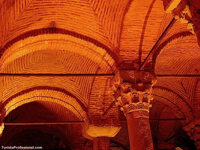 cisterna istambul - Cisterna da Basílica em Istambul: incrível construção milenar