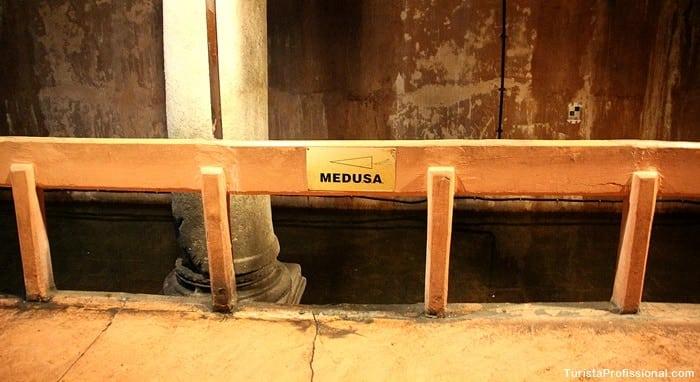 medusa cisterna - Cisterna da Basílica em Istambul: incrível construção milenar