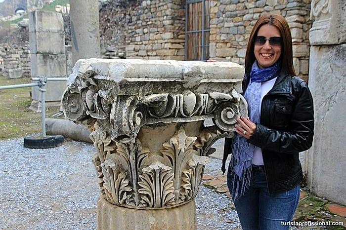 coluna grega efeso - Como chegar e dicas para visitar Éfeso, na Turquia: uma joia da Antiguidade