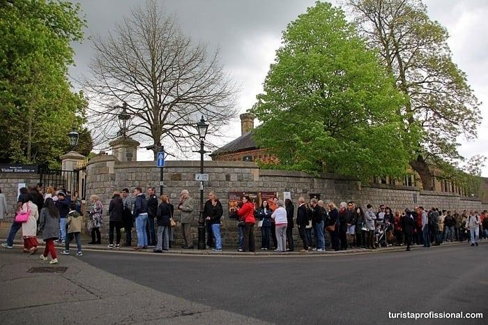 fila em windsor - Como chegar e o que visitar no Castelo de Windsor