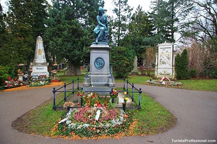 Homenagem a Mozart - túmulo