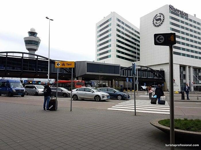 aeroporto de amsterdam min - Onde pegar uber no aeroporto de Amsterdam