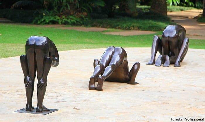 esculturas Inhotim