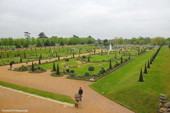jardins do palacio 1 - Dicas para visitar o Hampton Court, o palácio de Henrique VIII