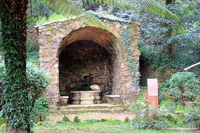 capelas bussaco - Como chegar e o que visitar na Mata do Buçaco, Portugal